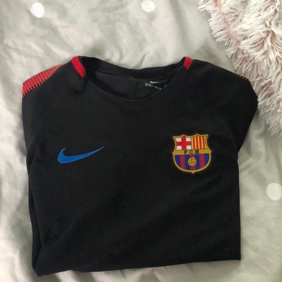 new product b9a44 a0e3b FC Barcelona youth medium Nike Training Jersey